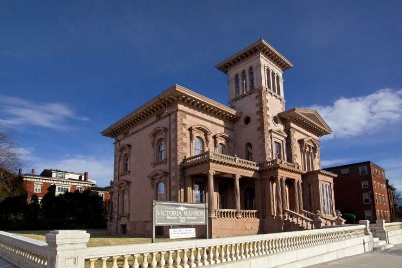 victoria mansion exterior